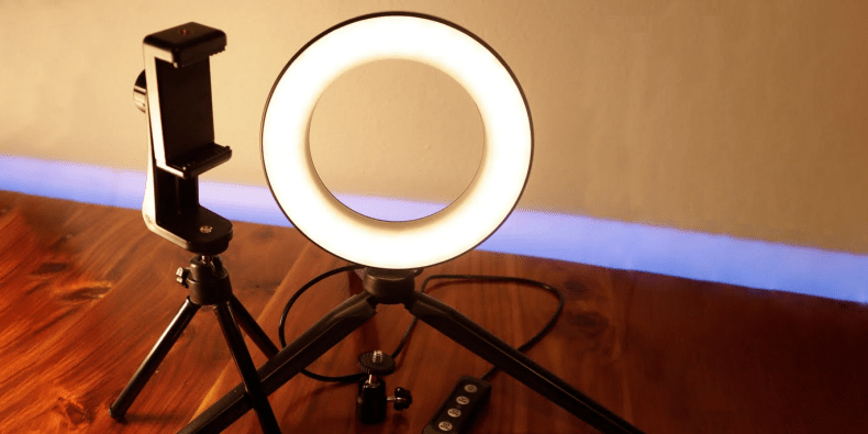 MACTREM Mini LED Camera Light on a wooden surface