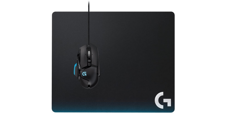 Logitech Hard Gaming Mouse Pad with mouse